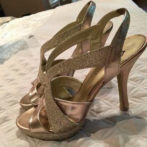 Gold Fioni heels